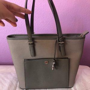 ✨Sale!! Grey Michael Kors purse